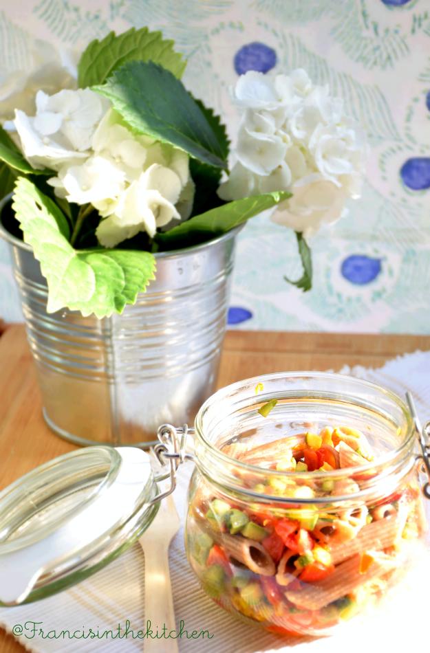 Pasta di farro con verdure estive